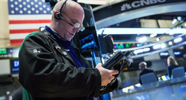 Dow Starts Week Off With Sharp Gains, Closing Over 250 Points Higher