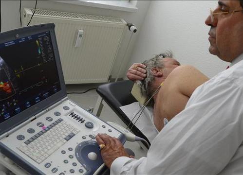 Employers Eye Bare-Bones Health Plans