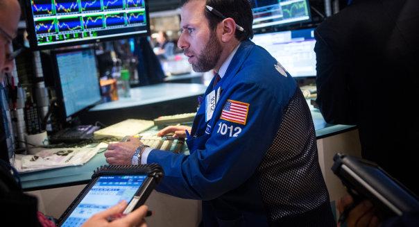 Dow Jones Index Crosses 18,000 Mark